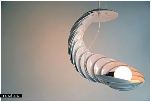 Тарелки + лампочка = люстра