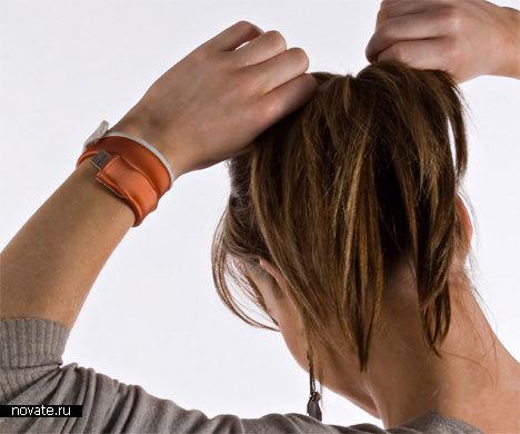 USB-кабель на вашей руке