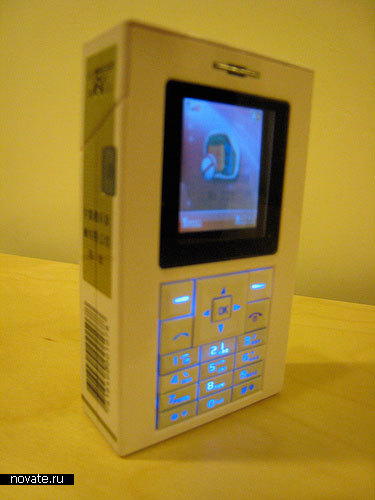 Мобильный телефон в виде пачки сигарет Marlboro