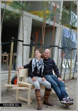 Скамейка на одном колесе