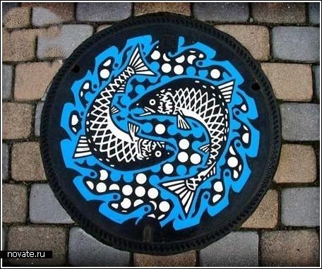 Расписные канализационные люки в Японии