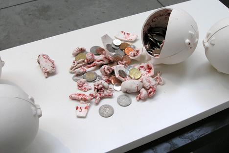 копилка-свинья от Derrick Wang