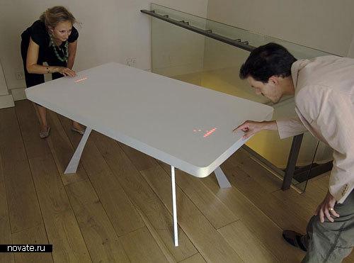 Стол, на котором можно играть в Pong