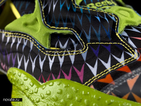 Кроссовки от John Maeda и Reebok
