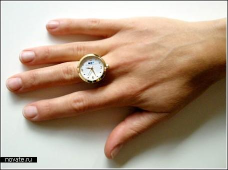 Часики на пальчике