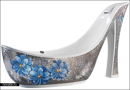 Ванна-туфелька для девушек