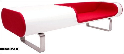 Скамейка для молодежи