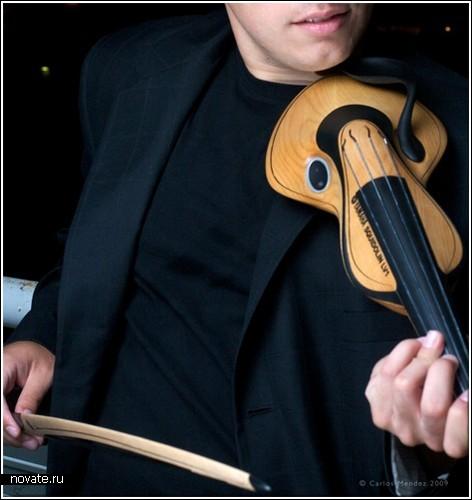 Концепт электроскрипки от Carlos R.Mendez