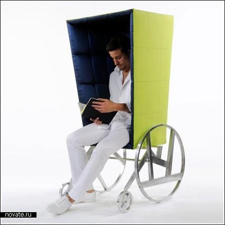 Кресла с разнообразными ножками