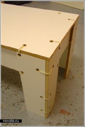 Удивительно устойчивый «зашнурованный» стол