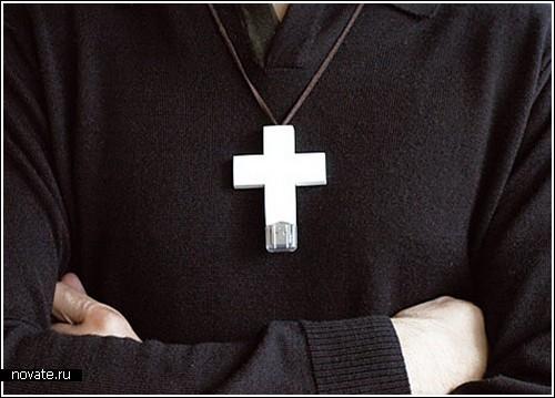 Флешка в кресте