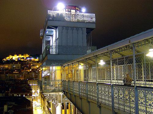 Лифт Elevador de Santa Justa, Лиссабон