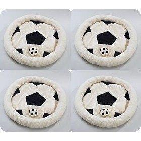 Кровать в виде футбольного мяча