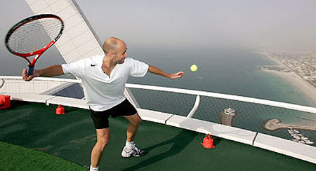В интервалах между теннисными матчами