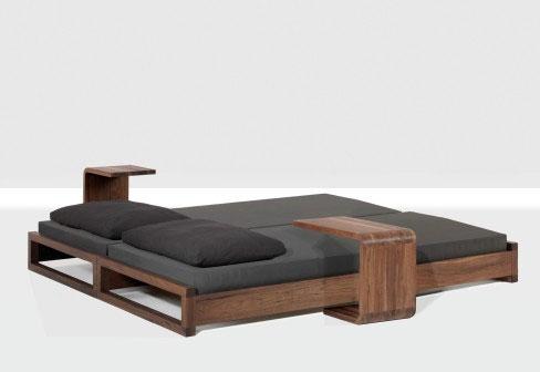 оригинальная кровать из дерева