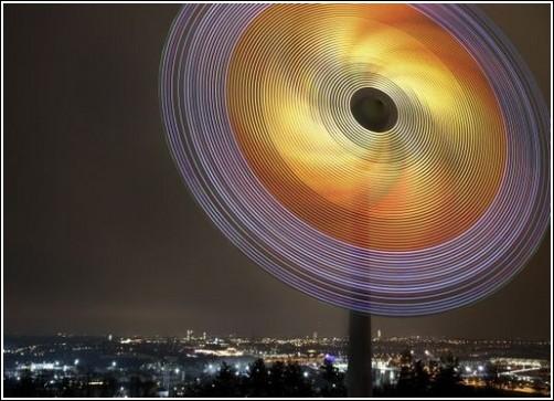 Инсталляция из 9000 светодиодов