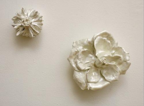 Настенные цветы