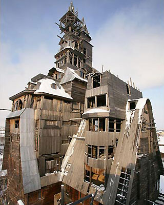 Тринадцатиэтажная высотка в Архангельские без единого гвоздя