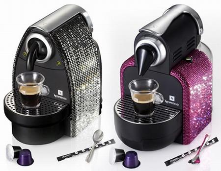 Кофеварка в стразах
