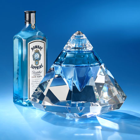 Роскошная бутылочка для алкогольных напитков за 200 тыс. долларов