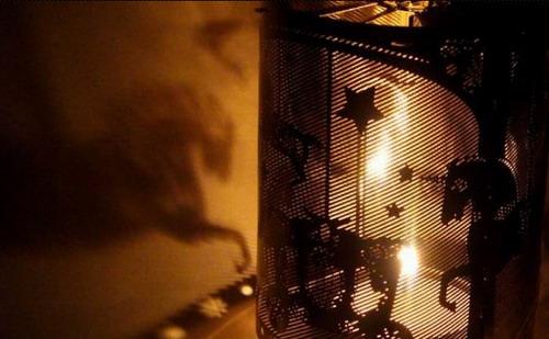 Анимированный подсвечник  от Carousel Candle Company