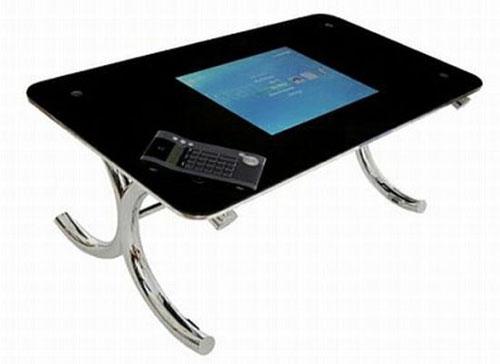 Мультимедийный стол с обширными возможностями