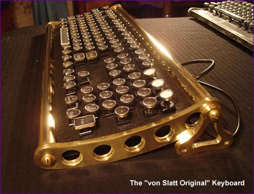 разнообразные клавиатуры в старинном стиле