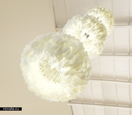 Лампа из перьев