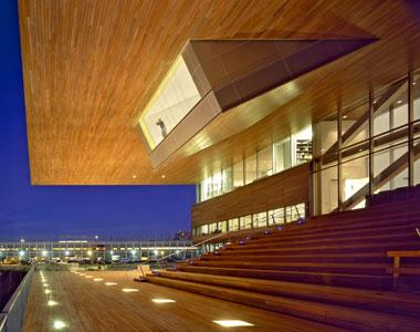 Здание музея современного искусства в Бостоне