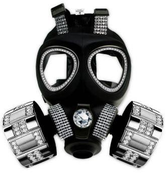 Роскошный противогаз для  богатых ипохондриков или любителей посещать ночные клубы во время химической атаки