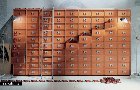Шкаф с пронумерованными ящиками для лучшей ориентации в них