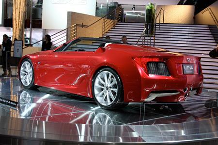 Презентация нового родстера Lexus LF-A в Детроите