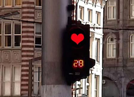 Наклейка на светофор