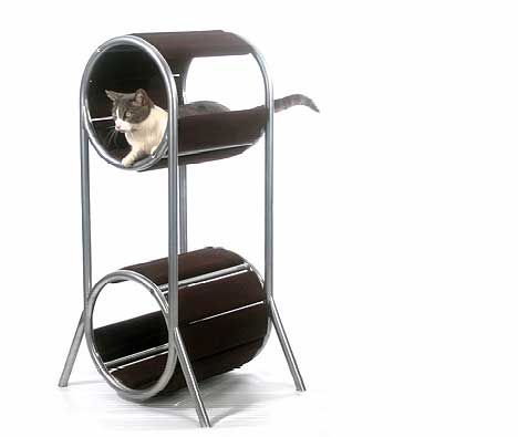 Кровать-когтеточка для вашей кошки
