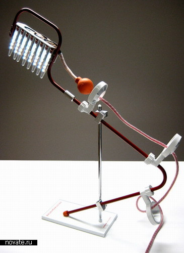 Настольная лампа из лабораторной техники