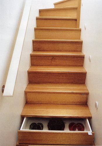 Лестница-кладовая