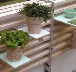 Функциональная панель для балкона