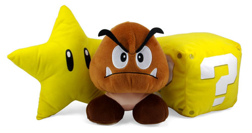 Подушки в виде различных существ и объектов из игры про Супер Марио