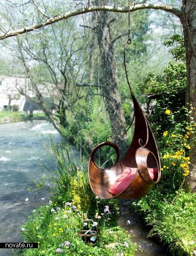 Кресло-качели для сада