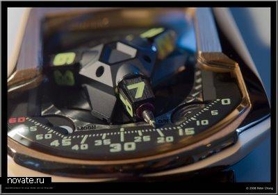 Необычные часы, работающие благодаря двум турбинам