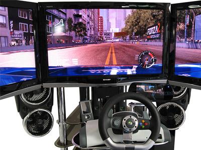 Виртуальный автомобиль с 4 экранами
