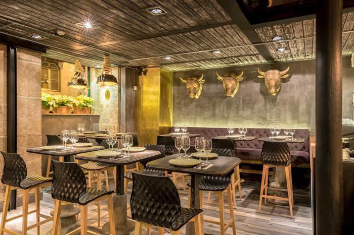 Уникальный интерьер ресторана в историческом центре Лиссабона от украинских дизайнеров.