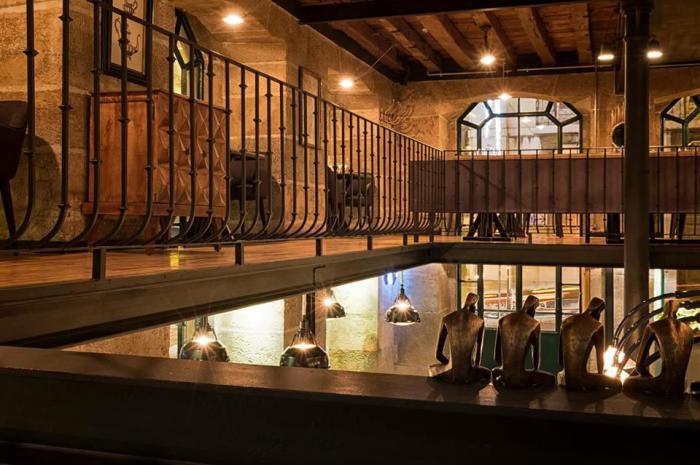 Уникальный интерьер ресторана в историческом центре Лиссабона от украинских дизайнеров