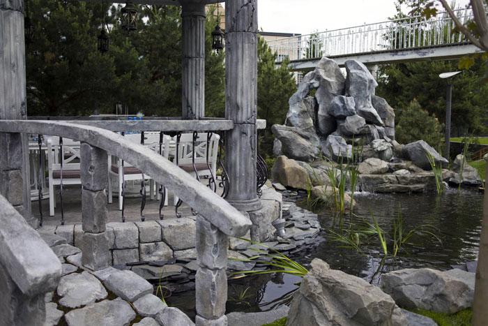 Как с помощью арт-бетона добавить красоты в домашний интерьер и на загородный участок: 4 оригинальные идеи