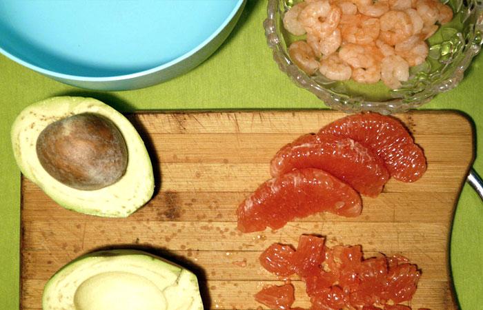 Салат с креветками.