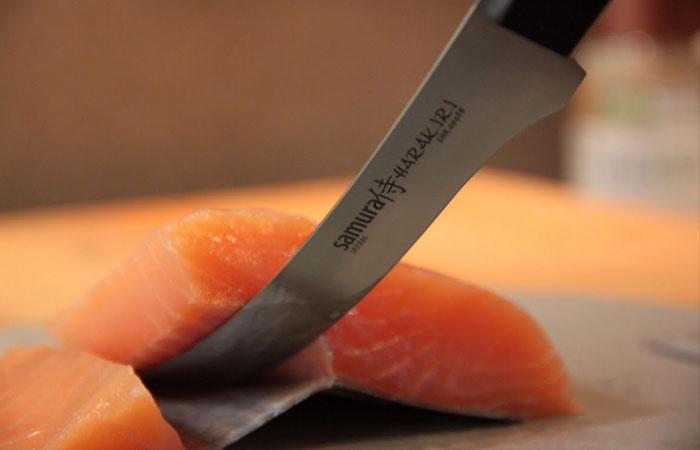 Филейный нож Samura Harakiri.
