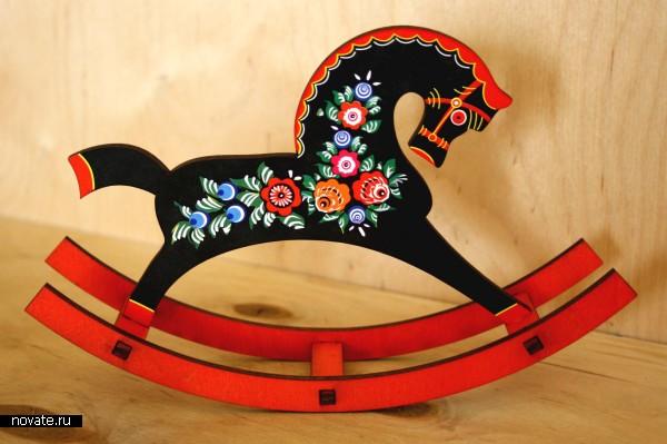 Городецкая игрушка лошадка - 658