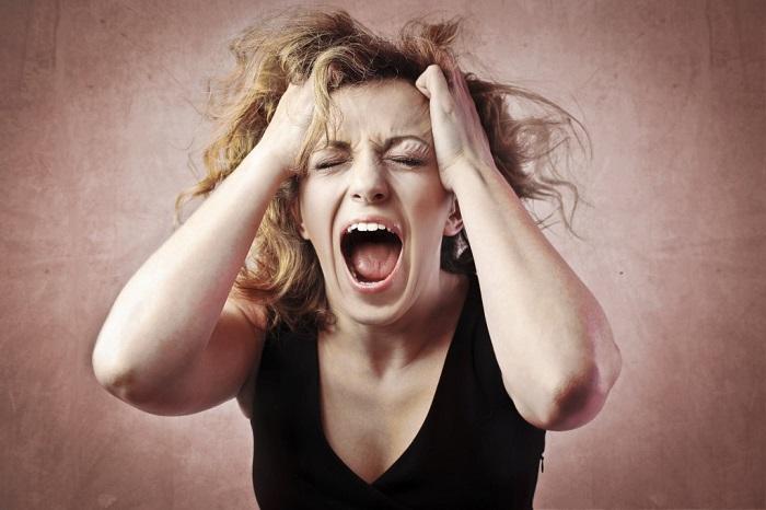 Неумение контролировать свои эмоции - признак невоспитанности