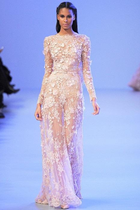 Каждая девушка мечтает примерять платье от Эли Сааб