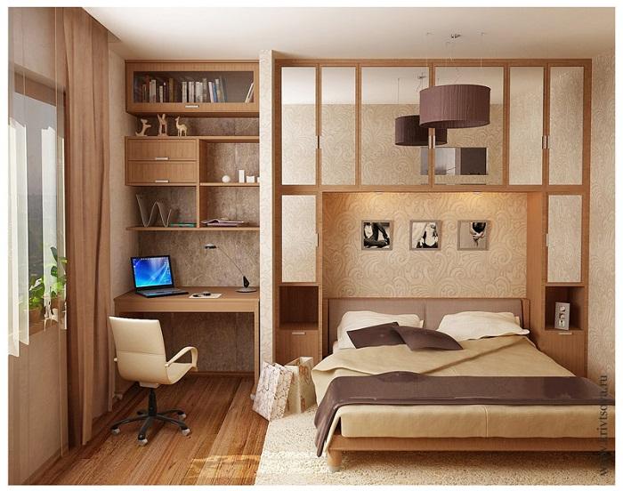Крошечная спальня с полноценным рабочим местом